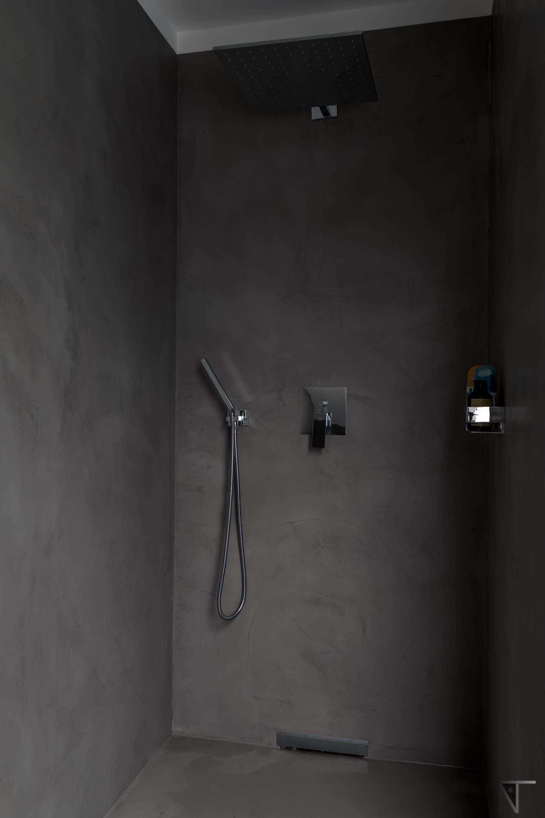 En cuartos de baño el microcemento soluciona problemas de humedades