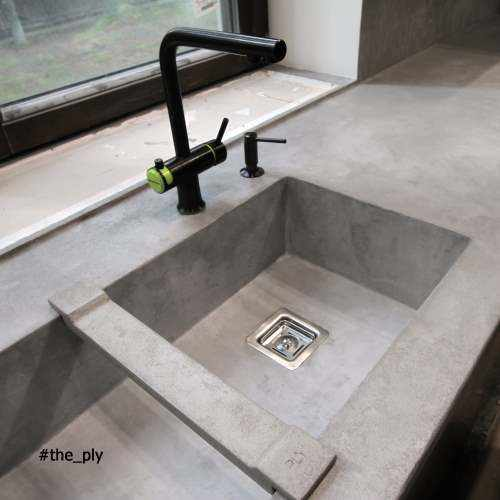 Kitchen worktop with Topciment microcement