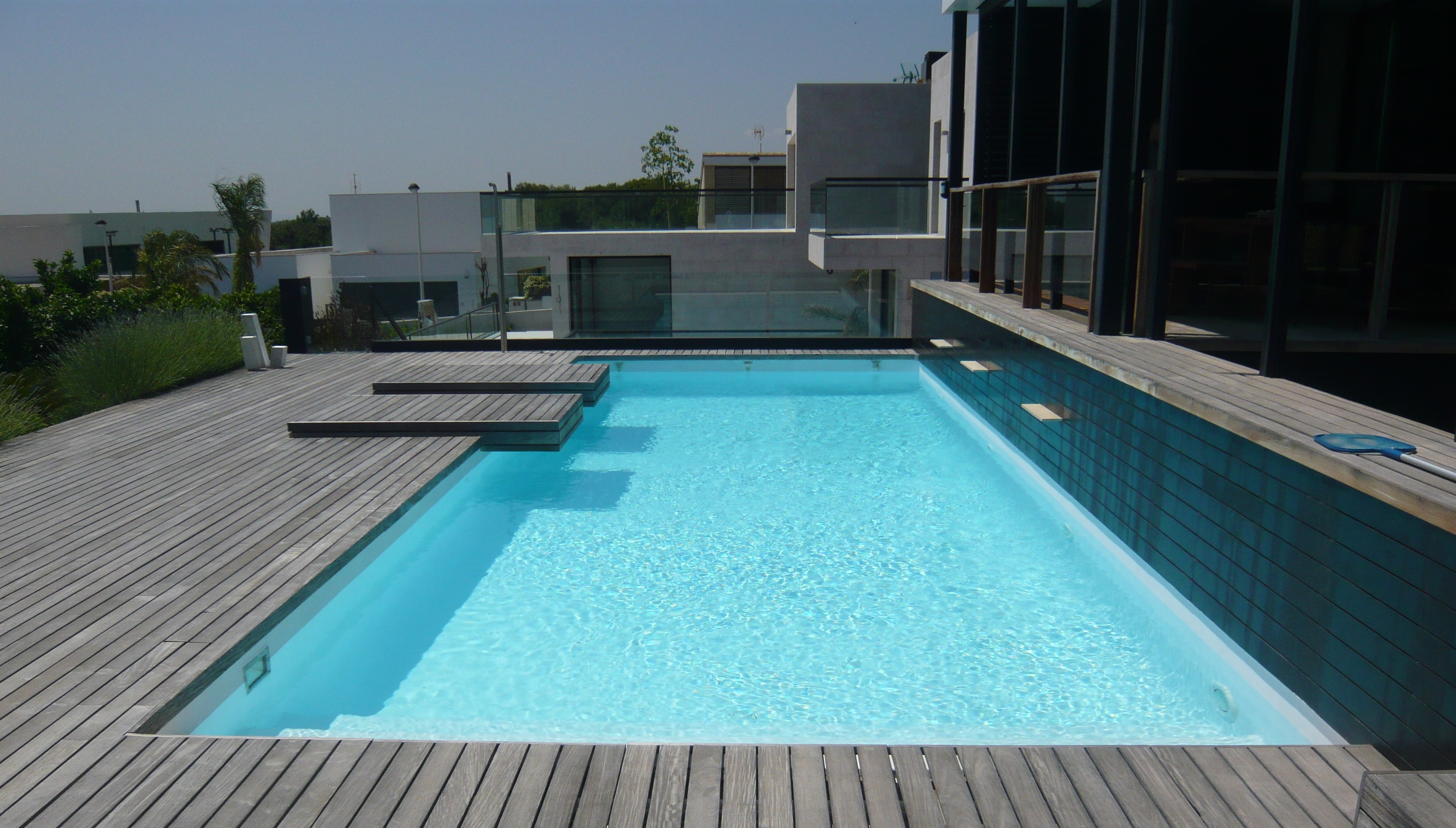 Topciment wooden microcement pool