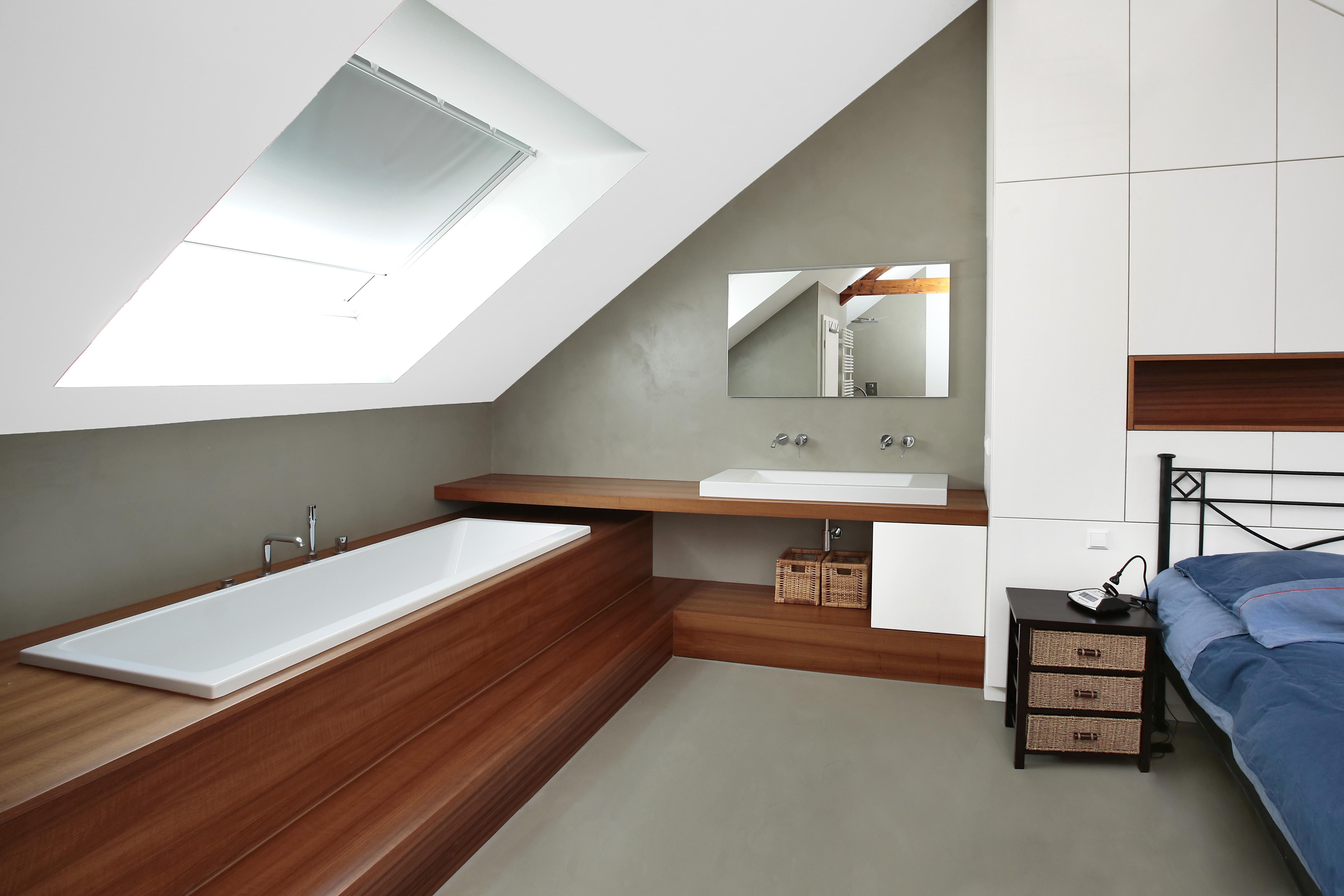 grenier chambre à coucher béton ciréau sol