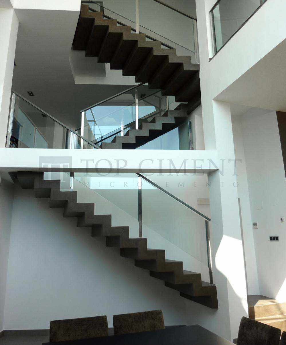 Fotos de escaleras de microcemento de dise o escaleras for Escaleras de viviendas
