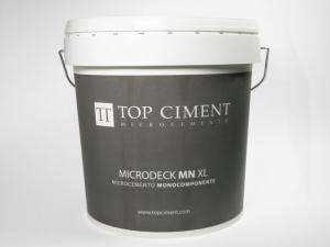 Mikrozement für die Beschichtung von Böden und kontinuirliche Böden mit hohe Beständigkeit. Mit glatten finish und wenig texturiert